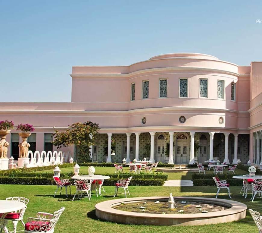 Sujan Rajmahal Palace Gardens