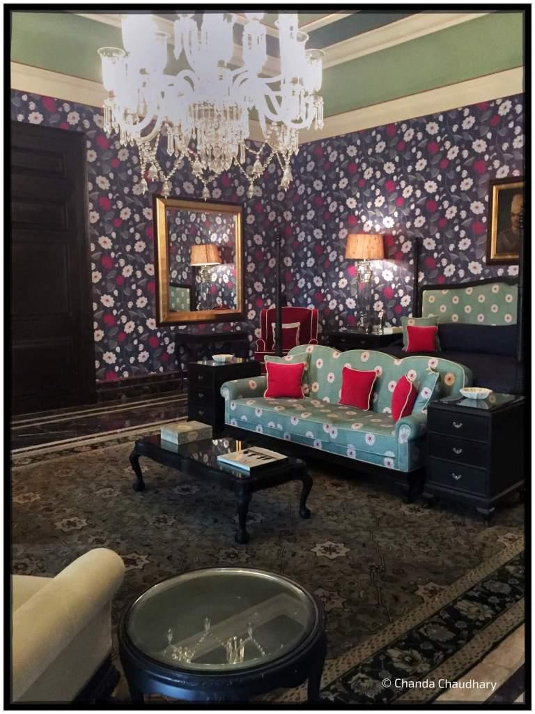 raj-mahal-palace-jaipur-_maharaja-bedroom