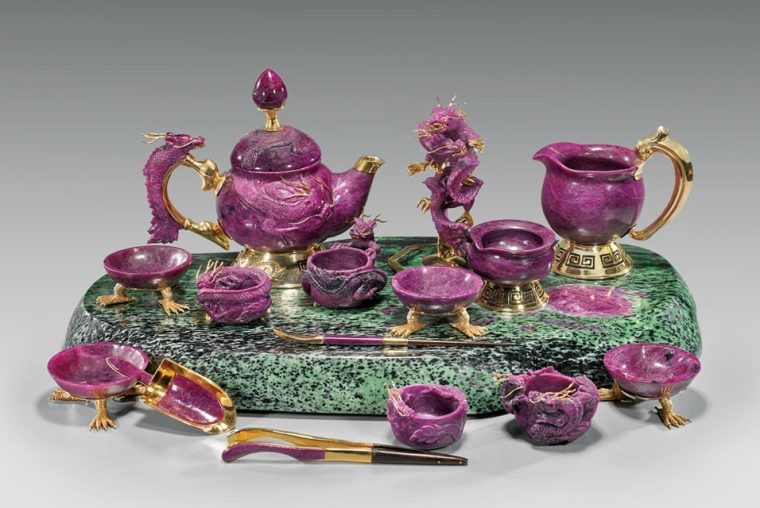 15-most-expensive-teapots-carved-ruby-dragon-tea-set