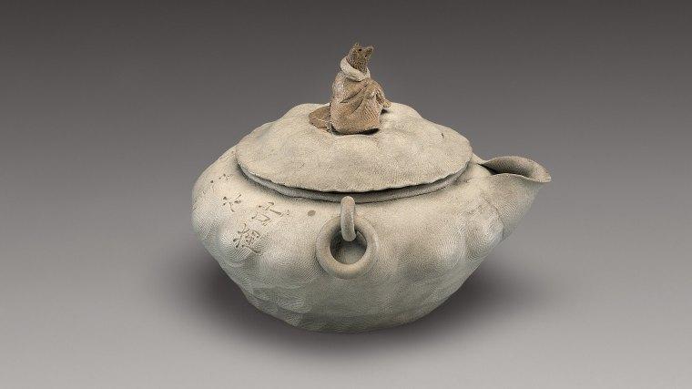 eccentric-teapot-ancient-japanese-teapot-from-edo-period-2
