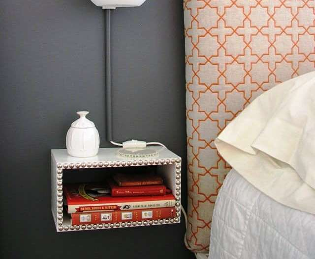 valentine-bedroom-ideas-a-sturdy-nightstand2