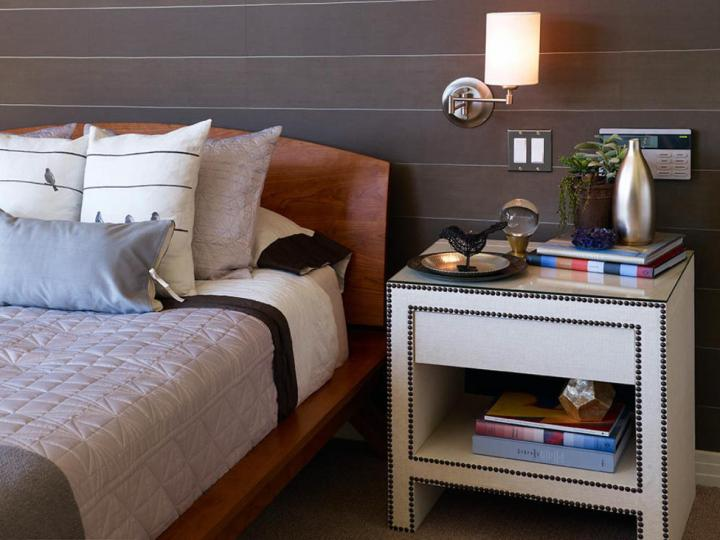 valentine-bedroom-ideas-light-it-up1