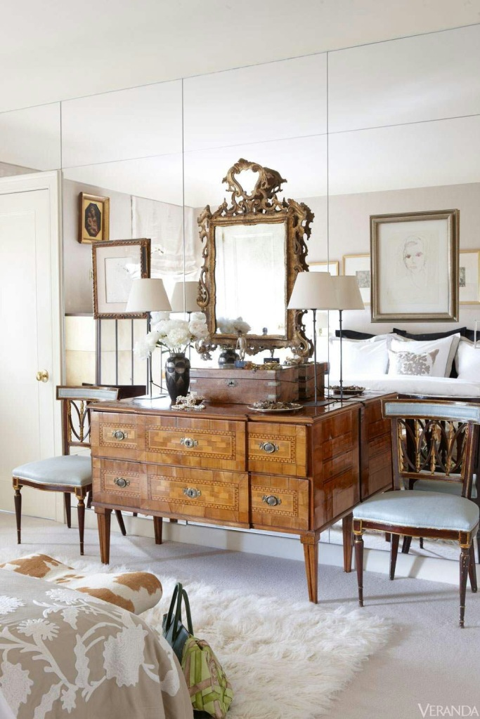 valentine-bedroom-ideas-mirrors-are-sexy1